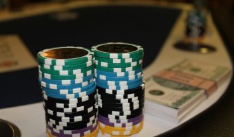 Poker Bankroll Management: How to Avoid Swings of Luck?